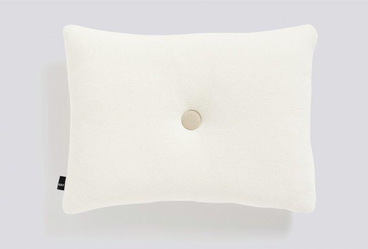 Dot kussen hay - 1 dot, cream
