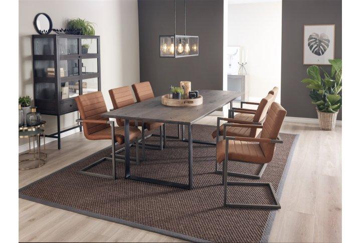 Eettafels en stoelen 10