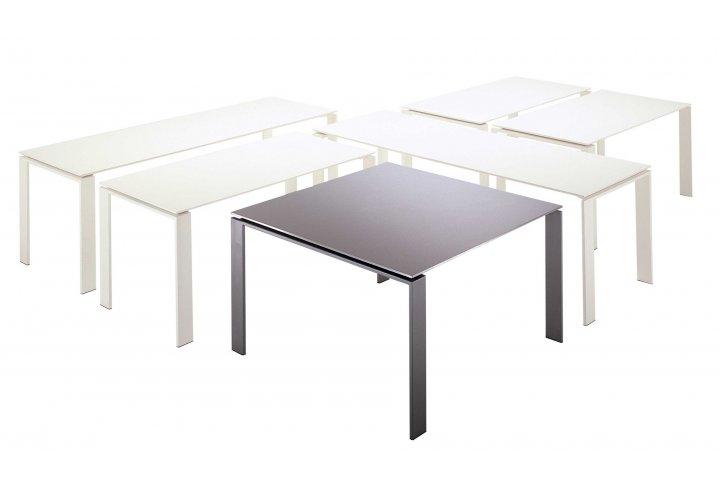 Eettafels en stoelen Four