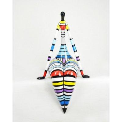 Beeld zittende vrouw multicolor