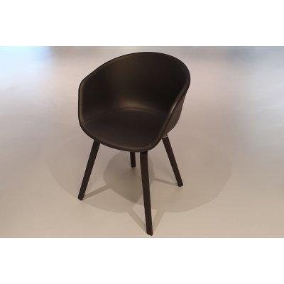 About a chair 23 leder zwart/poot oak zwart